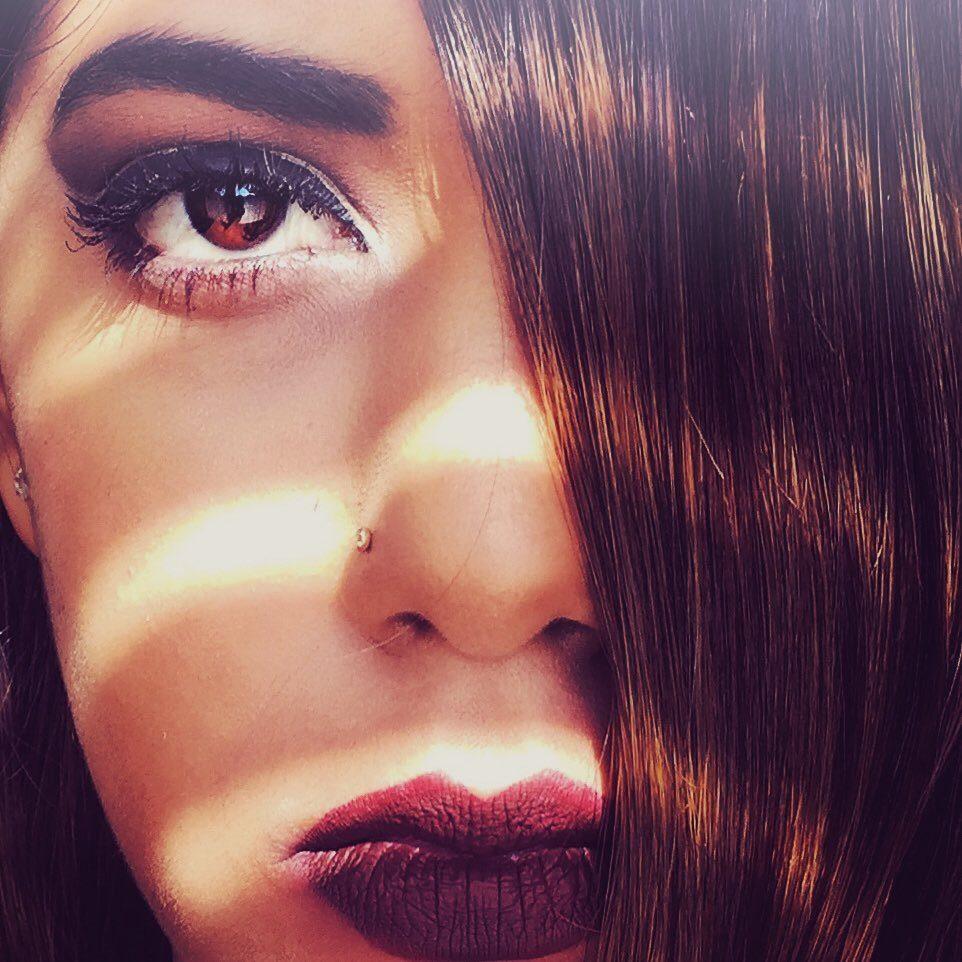 Zeeha Sheik - Makeup Artist